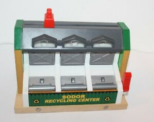 Thomas & Friends Wooden Railway Sodor Recycling Centre Lights & Sound