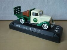 """Solido 4445 Ford V8 """"Perrier"""" 1:43"""