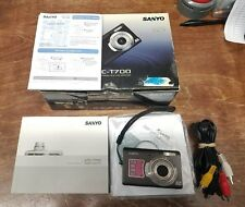 Sanyo Vpc T700 7.0Mp Black Digital Camera Battery Cd Cable Strap Book Box