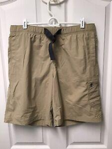 """Columbia Omni-Shade Men's Hiking Fishing Shorts Khaki Size Medium 9"""" Nylon 624"""