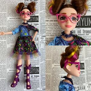 Disney Descendants 2 Dizzy Doll Isle of the Lost Original Dress Shoes & Glasses