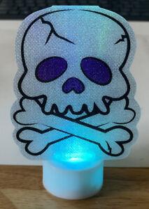 "Skull & Crossbones Vinyl Night Light - Displays Different Colors Halloween 4"""
