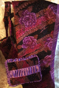 "Girls Beautiful Purple Floral Velvet Blanket with Pillow and Bag 59"" x 36"""