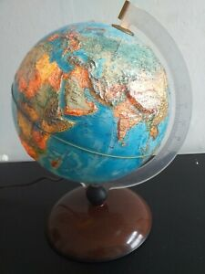 Vintage editions Rico Florence  Illuminated Globe 3D reliefs 1970s