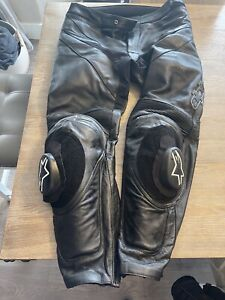 motorcycle pants armored