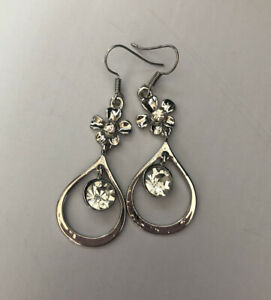 Stunning Silver Tone Rhinestone Teardrop Dangle Hook  Earrings #413