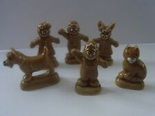 Wade WHIMSIE FULL SET OF GINGERBREAD FAMILY