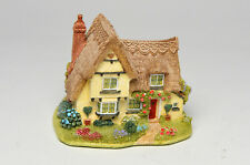 Lilliput Lane Home is Where the Heart Is