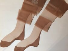 LUCKY CIRCLE BLACK SEAMED CUBAN HEELS Vintage Bisque Beige Nylon Stockings 8 1/2