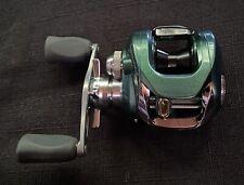 Team Daiwa-Z I've Factory Personal Order TD-Z103 Casing Reel Metalic Green