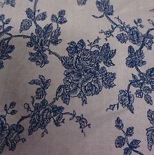 Crema MISTO LINO TESSUTO TELATO CON WEDGEWOOD BLUE ROSE design (al metro)