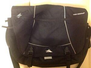 HIGH SIERRA Messenger Bag Cross body Computer Laptop iPad Notebook Travel Tote