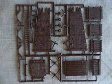 1/72 HO  ATLANTIC Roman war machines: siege tower on sprue