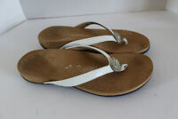 Vionic Felipa White Leather Orthaheel Embellished Thong Flip Flop Sandals 10