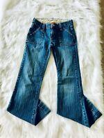 !iT  Jeans Womens Size 00 Denim Flare Jeans Blue Low Rise Nice