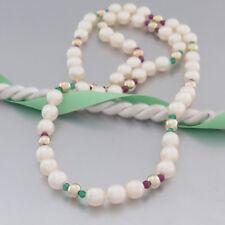 Akoya-Perlen-Kette mit Smaragd-, Rubin- + Gelbgoldkugeln- Schließe mit Diamanten