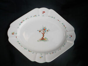 Shelley CRABTREE. Meat Dish. Measures 12½ x 10¼ inches.Queen Anne shape.