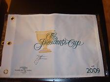 Zach Johnson Signed 2009 President's Cup Golf Flag PSA/DNA Harding Park #1