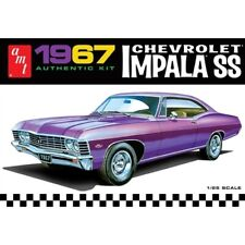 AMT Amt981 125 Scale 1967 Chevrolet Impala SS Model