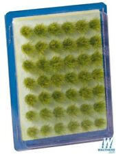 Tall Yellow Grass Tufts (42-Pieces) - Walthers SceneMaster #949-1135
