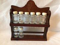 Vintage 2-Tier Wood Spice Rack & 8 Glass Jars w Cream Screw Lids & shaker Tops