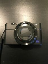 Sony Cyber-shot DSC- RX100 Kompaktkamera (mit Rechnung und Langzeitgarantie)