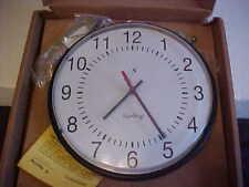 Round Sapling SAA Series Clock