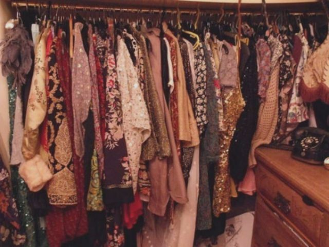 DOLL Vintage Closet