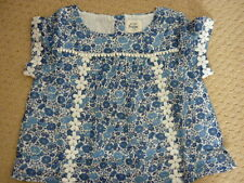 MINI BODEN GIRLS DAISY WOVEN TOP ISLAND SAPPHIRE FLOWER BED 4-5 YEARS NIB 37016