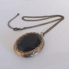 VINTAGE GOLD TONE CASED JET BLACK STYLE DESIGN COSTUME LOCKET