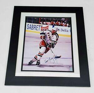WAYNE GRETZKY signed auto framed 16 x 20 photo w/Gretzky COA 24 x 29 frame