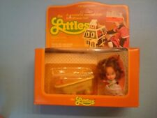 Vintage 1980 Mattel The Littles DAPHNE LITTLES and her bathtub mip!