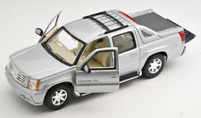 Livraison rapide Cadillac Escalade EXT pick-up argent 2002 welly modèle 1:24 NEUF 30