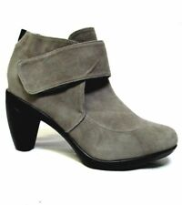 TS shoes TAKING SHAPE sz 39 / 8 Mingle Ankle Boots grey suede leather NIB! $180