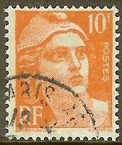 """FRANCE TIMBRE STAMP N°722 """"MARIANNE DE GANDON 10F ORANGE"""" OBLITERE TB"""