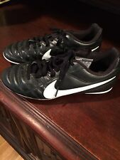 Nike Boys Soccer Shoes Cleats Size 3 Excellent