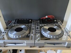 Pioneer DJ DJM-900NXS DJ Mixer And 4 CDJ-2000NXS Platinum Limited Edition