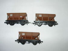 C-7 Excellent Plastic OO Scale Model Train Carriages new