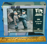 "376 Resin Figure Verlinden 1//35 /""Long Johns/"" Shaving Soldier in Long Underwear"