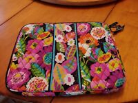 Vera Bradley VA VA bloom Zippered Pink Black Paisley Laptop Sleeve Case