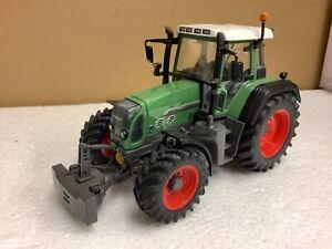 1/32 scale Universal Hobbies 2650 Fendt 818 Tractor traktor tracteur