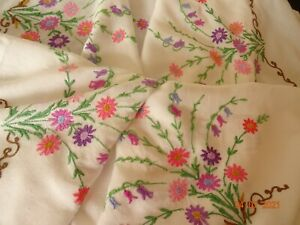 """VINTAGE HAND EMBROIDERED FOUR CORNERS 46 X 52"""" TABLECLOTH"""