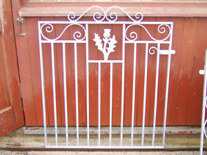 Heavy single iron gate 3 ft  tall to fit a opening of 3 ft 3 ins Galvanized L/H