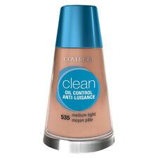 COVERGIRL - Clean Oil Control Liquid Makeup Medium Light - 1 fl. oz. (30 ml)