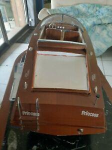un e maquette bois de bateau riva de 95 cm