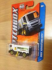 Matchbox (US Card) - 2013 - #5 MBX Street Cleaner - White