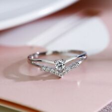 Flash Diamond V-shaped Heart Ring Woman Engagement Silver Jewelry