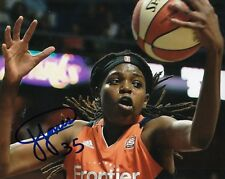 Jonquel Jones signed (Connecticut Sun) Wnba basketball 8X10 photo W/Coa #1