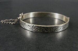 Bracelet Silver Vintage B Ltd Sterling 925 Engraved Design Child Hinged Bangle