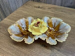 Vintage USA Pottery Drip Glaze 2 Compartment Dish With Flower F4